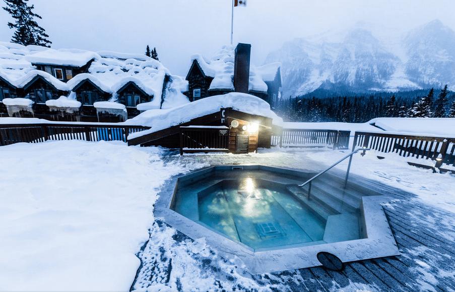 Ten must do hot tubs in the snow - SnowsBest